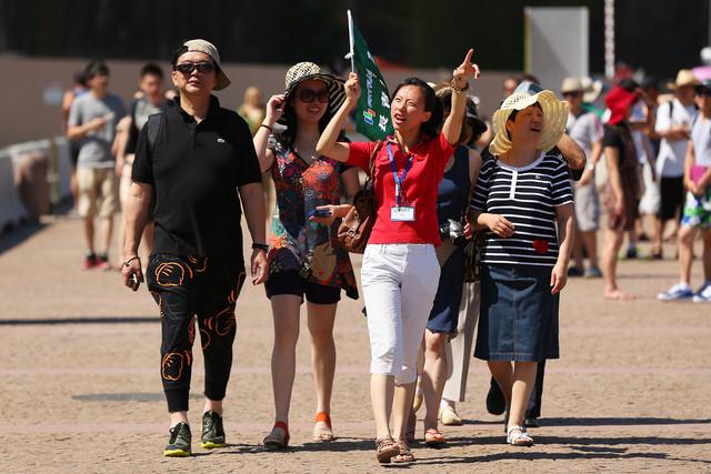 Massive increase in White collar Chinese travelers