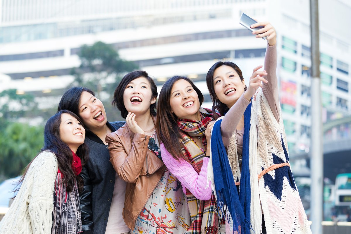 Chinese millennials like to travel abroad !